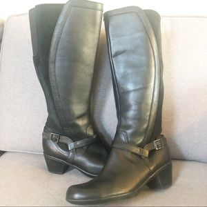 Clarks Black leather and suede boots
